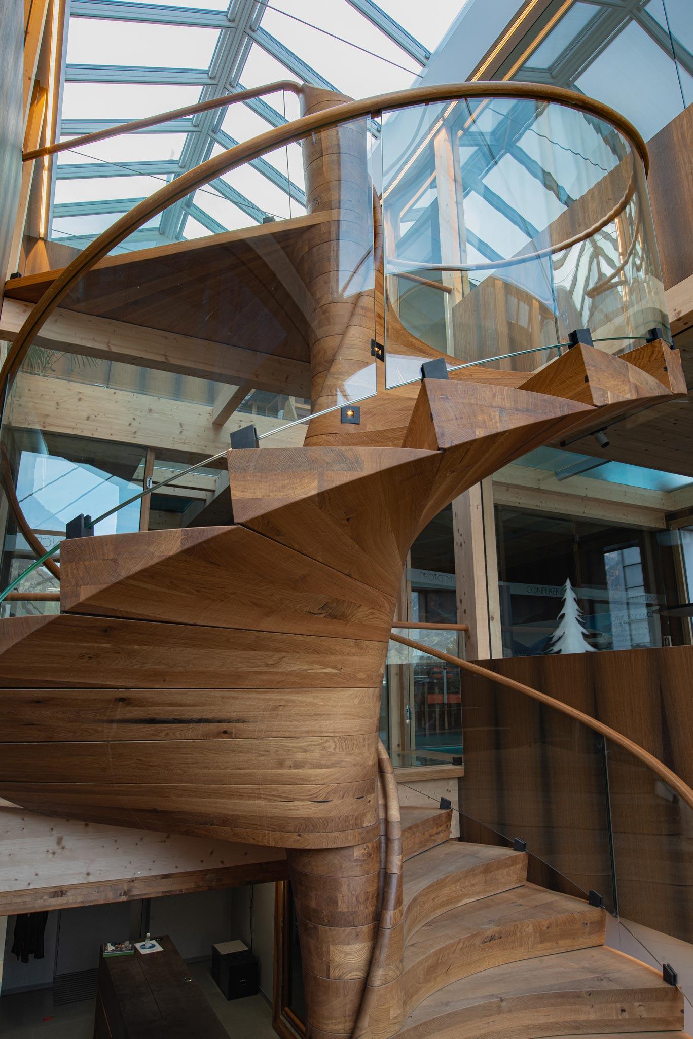 ES ShowR escalier vtc 20 11 0099 - Escalier Showroom ESKISS