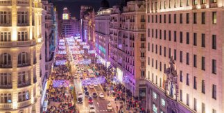 https://i1.wp.com/www.esmadrid.com/sites/default/files/styles/teaser_gadget/public/eventos/eventos/luces_de_navidad_2018_2019_gran_via.jpg?w=646&ssl=1