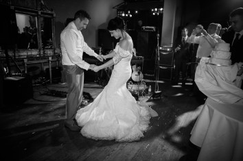Coombe-Abbey-Wedding-Photographer-vintage-relaxed110