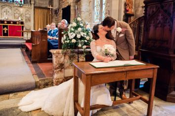 Coombe-Abbey-Wedding-Photographer-vintage-relaxed49