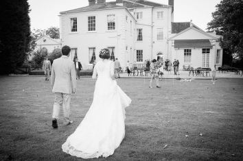 Somerford-hall-book-themed-natural-wedding-102