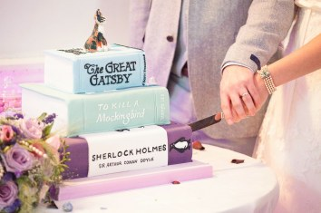 Somerford-hall-book-themed-natural-wedding-104