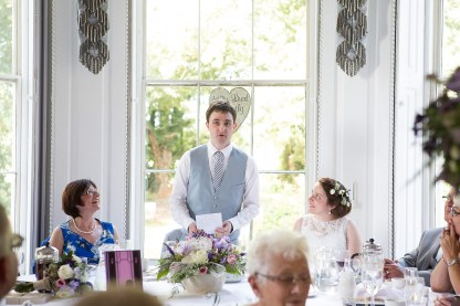 Somerford-hall-book-themed-natural-wedding-84
