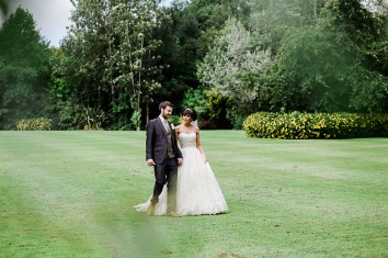 Bride and Groom Portraits Dunchurch Park