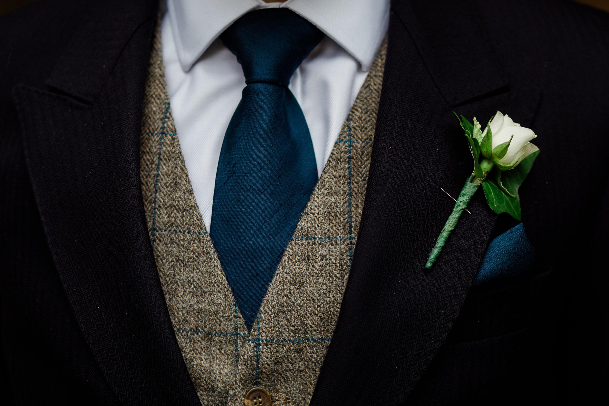 chic-rustic-home-farm-wedding-36