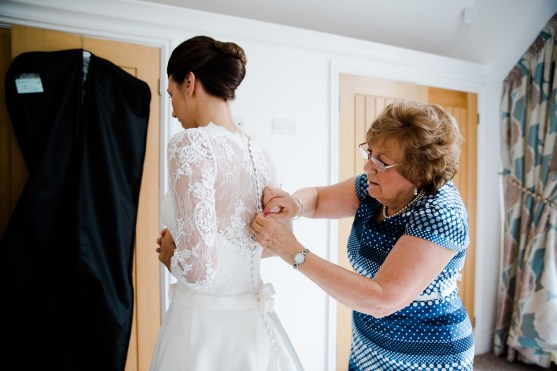 Bride getting ready at home dunchurch
