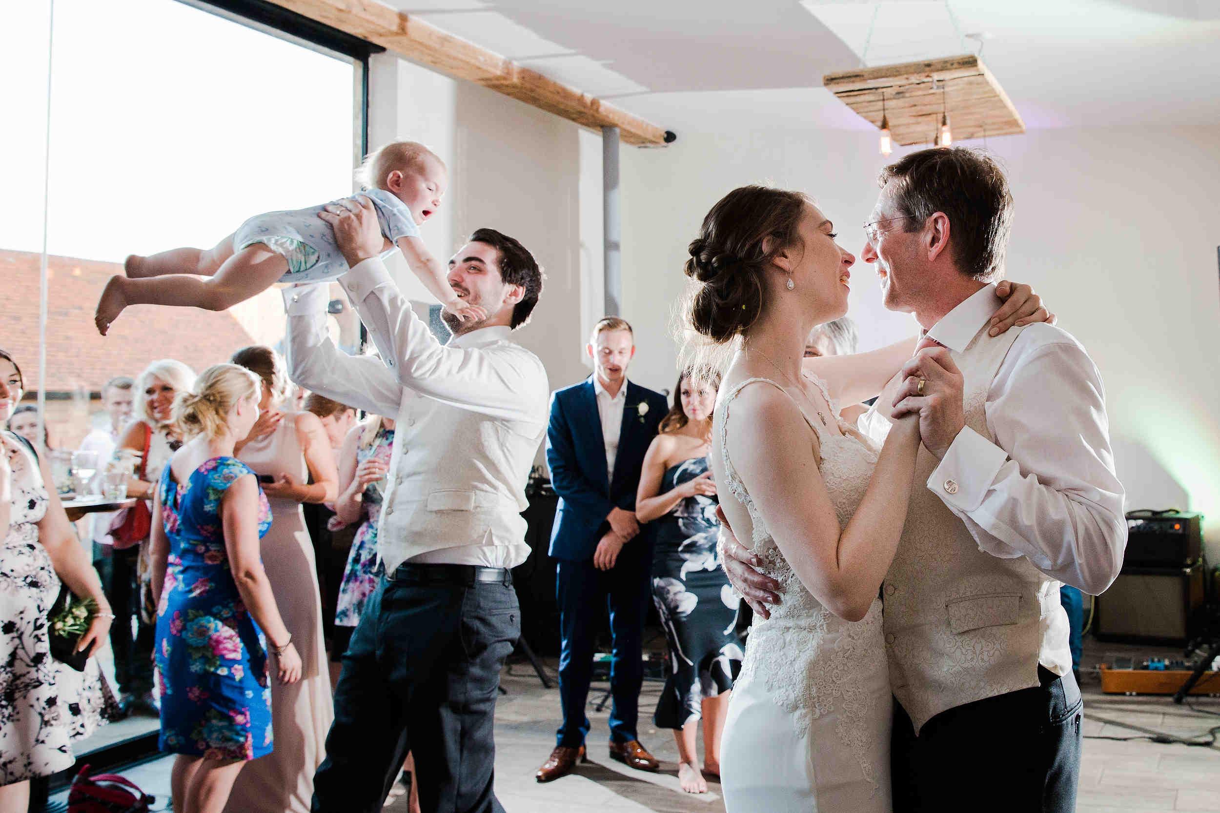 Modern_Stylish_Wedding_at_Swallows_Nest_Barn1310