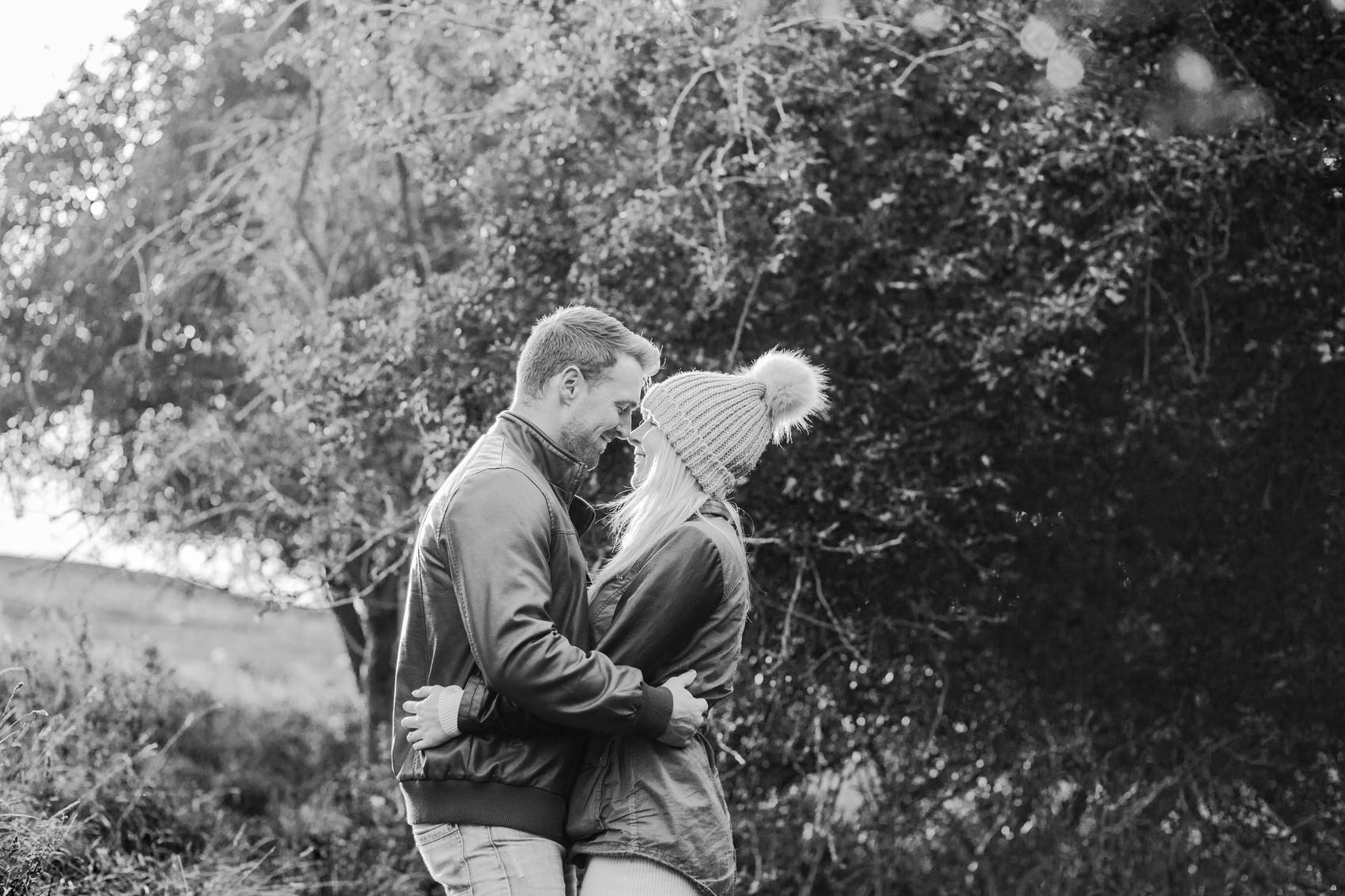 Burton Dassett Hills Pre-Wedding Shoot012-1