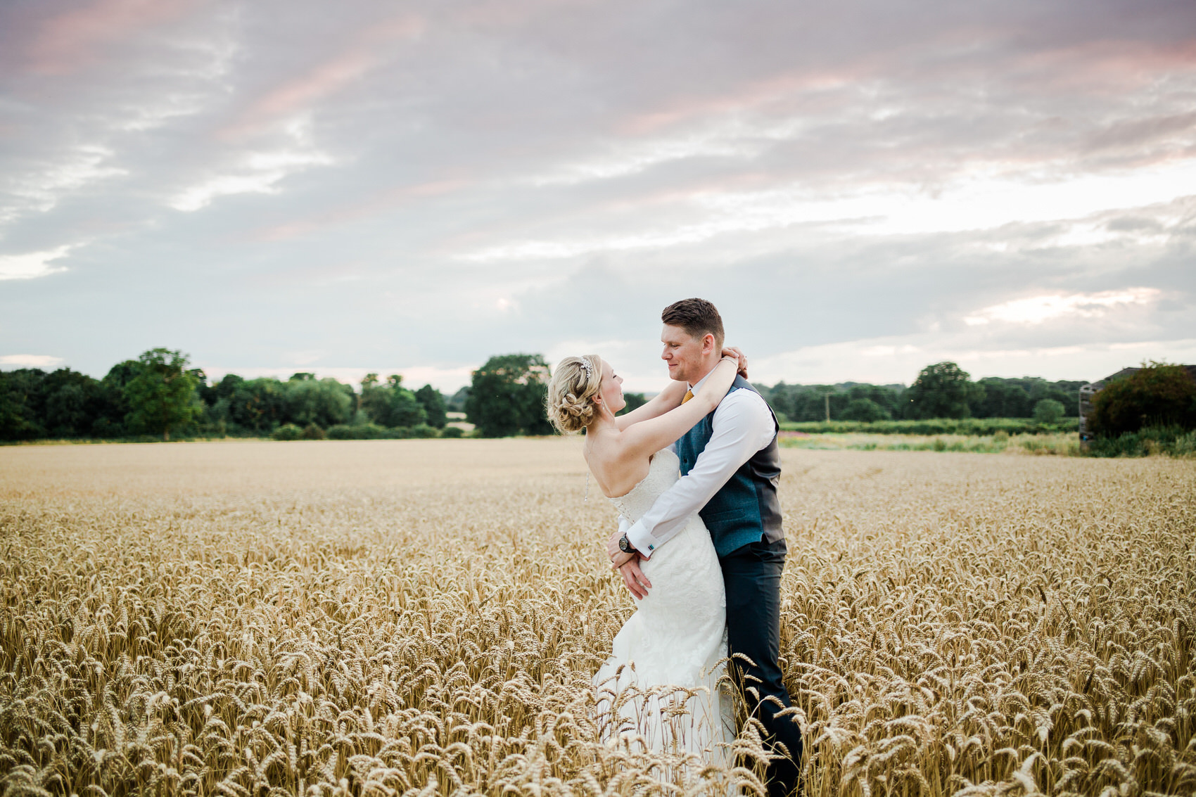 Yellow_And_Blue_154Rustic_Barn_Wedding-1