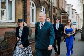 guests arriving at wedding natural relaxed wedding Leamington Spa Relaxed Church reportage photography