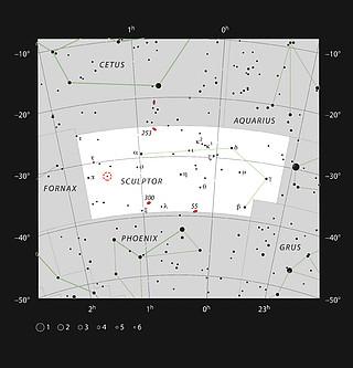 La estrella gigante roja R Sculptoris en la Constelación de Sculptor (El Escultor)
