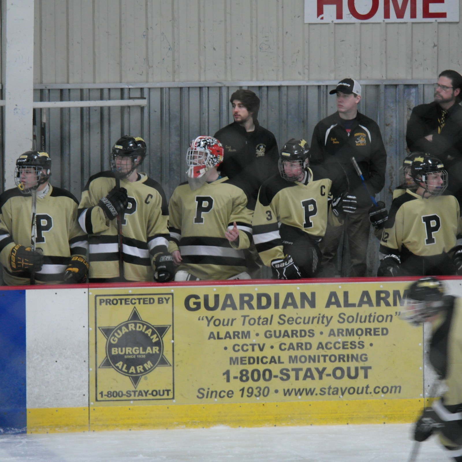 Jacket Hockey players on the bench | Picture Credit: Emily Swick