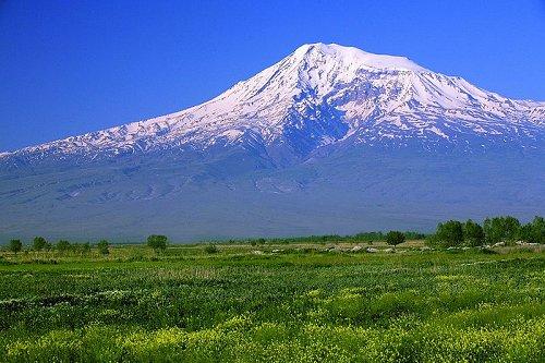 Mount-Ararat-East-Turkey