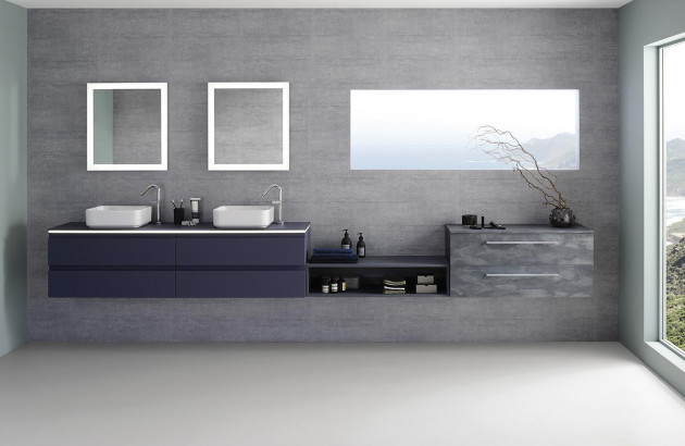 bleu dans la salle de bains
