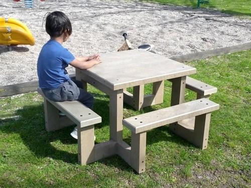 - Table PIM-POM maternelle ESPACE URBAIN