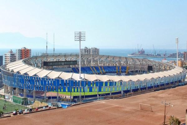 Estadio Regional Calvo y Bascuñán, Antofagasta (7)
