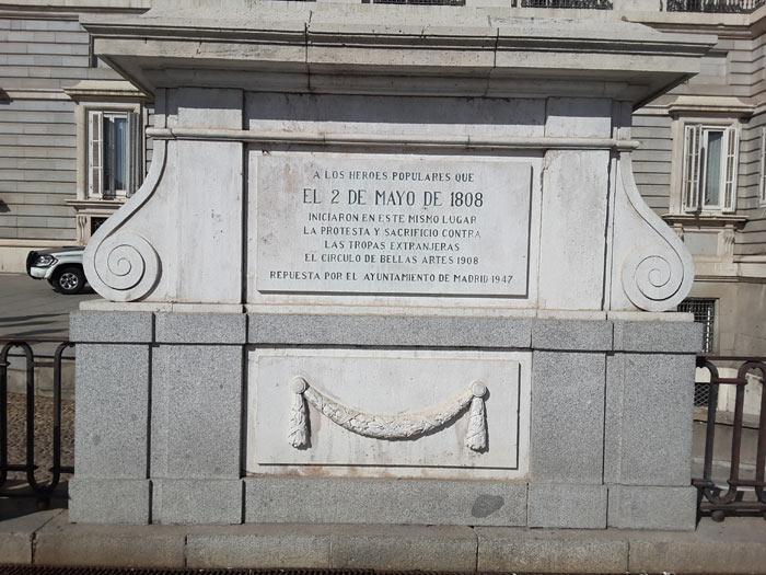 A los héroes populares del 2 de mayo de 1808