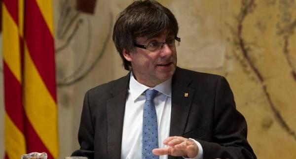 AUTORS Carles Puigdemont i Casamajó