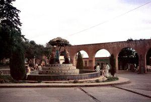 Acueducto y Fuente de las Tarascas hacia 1960.
