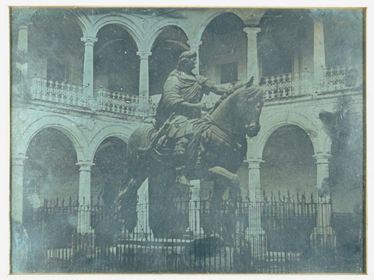 https://i1.wp.com/www.espejel.com/wp-content/uploads/2015/05/Daguerrotipo-La-Real-y-Pontificia-Universidad-De-Mexico-monumento-a-Carlos-IV-el-caballito-por-Jean-Prelier-Dudoille-circa-1840.jpg