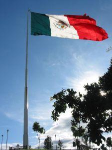 Bandera Monumental de Morelia