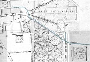 Parte suroriente de la ciudad en el plano de 1883, fragmento, con el acuedcuto resaltado.
