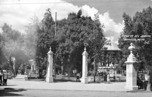 plaza-de-los-martires