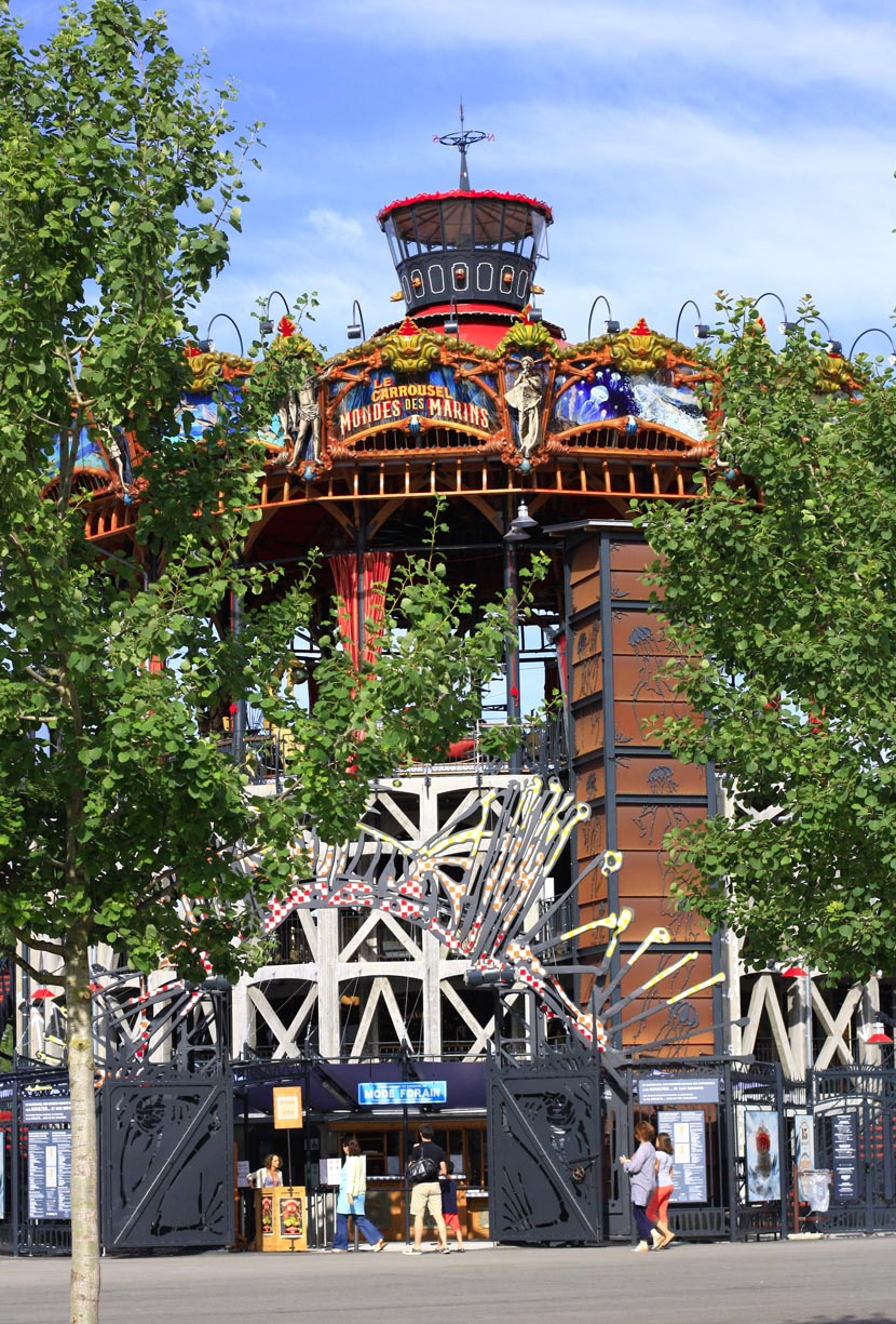 Machines de l'île à Nantes : carrousel pour les grands