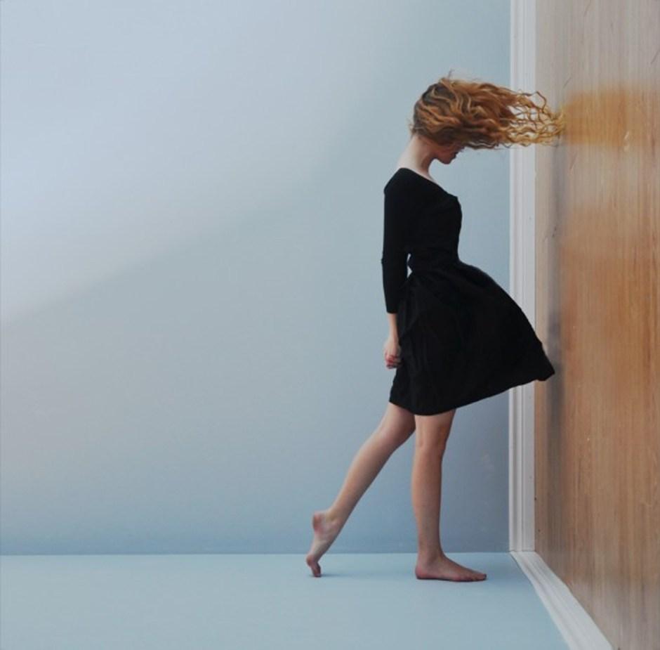 Defiying gravity, Lissy Elle Laricchia