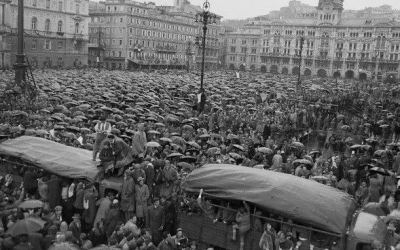 26 ottobre 1954 Trieste torna all' Italia