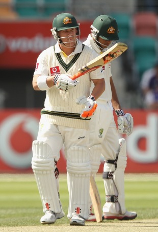 David Warner made his first Test 50 in the chase, Australia v New Zealand, 2nd Test, Hobart, 4th day, December 12 2011