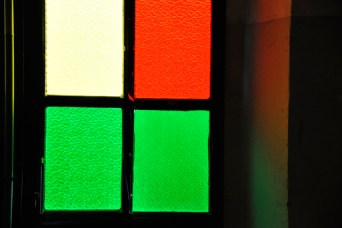 Luce naturale colore | dettaglio a cura della direzione artistica, luce naturale e gelatine | dettaglio. Contemporary Lighting Context 2011