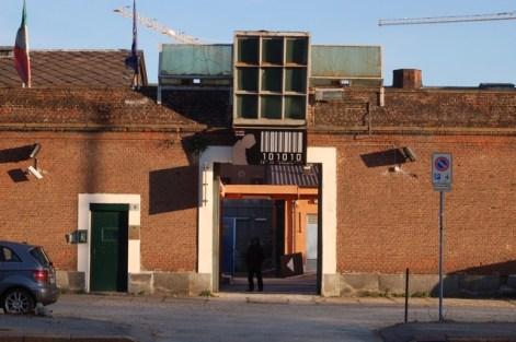Le Nuove, entrance