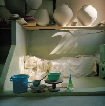 "Galleria con TemporaryArt Gallery Paola Sosio, SUSANNA POZZOLI, ""Handmade_KW#1"", 2010, stampa giclée su carta baritata, cm 60x60, ed. 7 (+1 prova d'artista). Courtesy Susanna Pozzoli e con Temporary Art Gallery Paola Sosio"