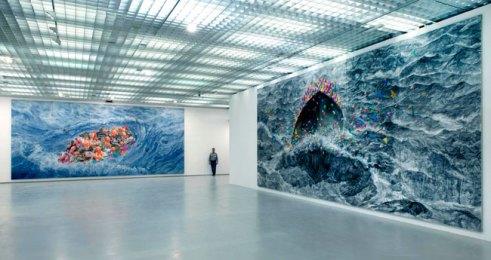Veduta della mostra Fang Lijun. Il precipizio sopra le nuvole, GAM, Torino. Foto: Paolo Robino