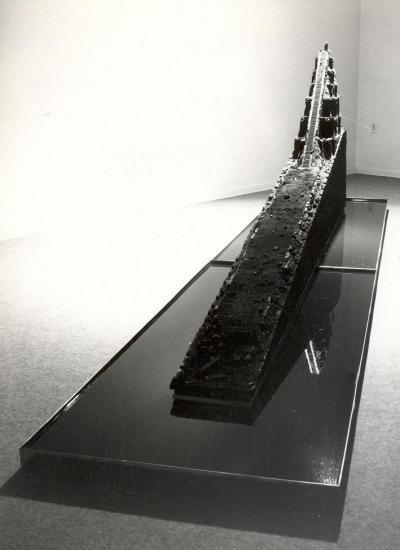 Galleria STUDIO G7, Anne e Patrick Poirier, 'Tikal. Mundo Perdido' 1980 1982, carbone, acqua e bronzo, cm 400x80x122