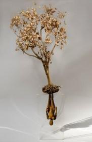 Fabrizio Pozzoli, Beneath, 2013, filo di ferro ossidato, albero, cm 220x80x80