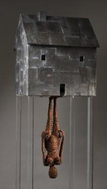 Fabrizio Pozzoli, Out of my world, 2011, filo di ferro ossidato, piombo, legno, 125x46x50 cm