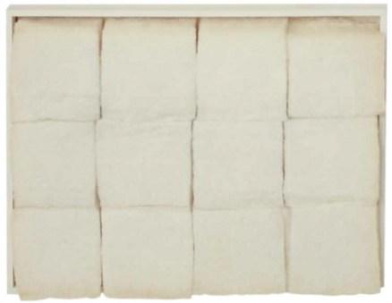 Piero Manzoni, Achrome, 1960, batuffoli di cotone, cm 30.5x40.7 Courtesy Galerie Tornabuoni Art Paris