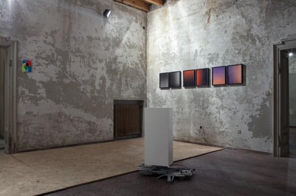 Oltre il pensiero. Quattordici ricerche attraverso la materia, veduta della mostra, Palazzo Guaineri delle Cossere, Brescia