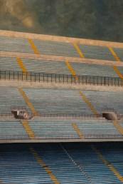 PIER PAOLO MAGGINI, Stadio, Londra 2011, cm 150X100, ACRILICO SU FOTOGRAFIA. Courtesy Riccardo Costantini Contemporary, Torino