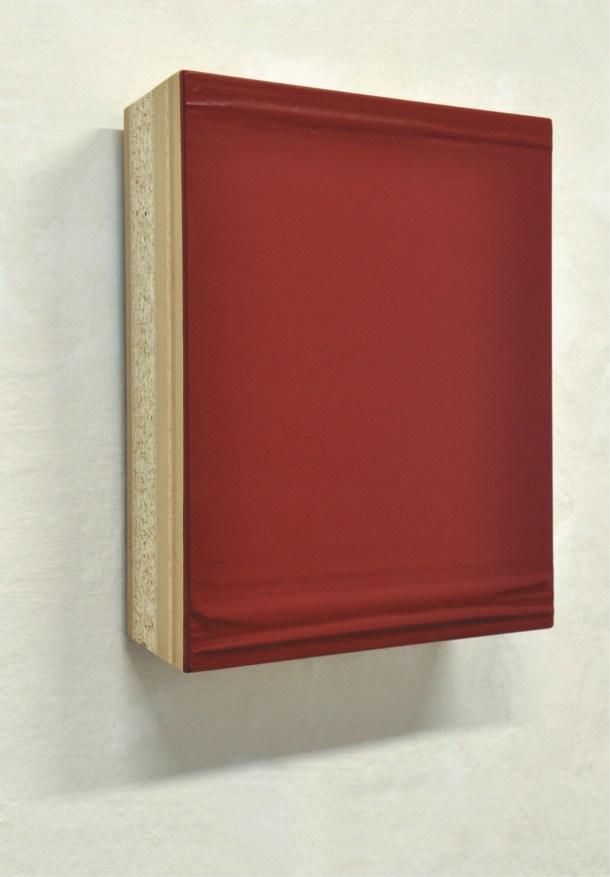 Domenico D'Oora, Untitled, 2011, acrilico su tavola multistrato sagomata, cm 30x30x6 Courtesy Artesilva, Seregno (MB)