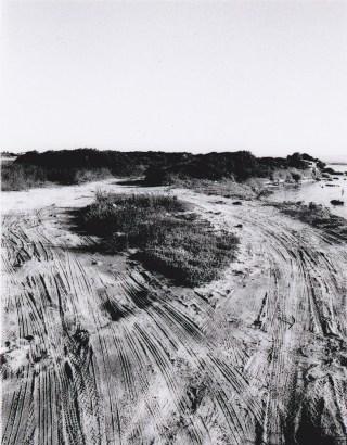 Michael Hoepfner e Alessandro Biggio, Braccia, 2013, stampa fotografica, cm 100x70 Courtesy degli artisti e del Museo MAN