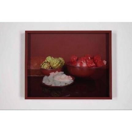 Elad Lassry - Meat & Onions - 2010 c-print con cornice dipinta cm 29.2 x 36.3 - ed. 5/5. Frammenti di un discorso amoroso