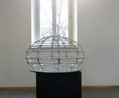Andrea Forges Davanzati, Riccio, 2009, acciaio inossidabile, cm 120x70 Foto Monica Castiglioni