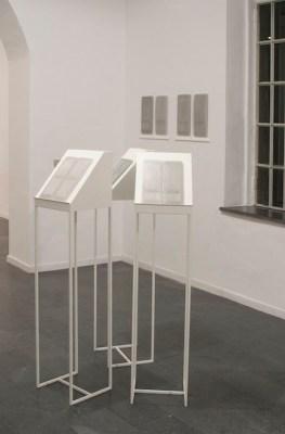 L'istante interminabile. Christiane Beer, Elena Modorati, veduta della mostra, Galleria Il Milione, Milano