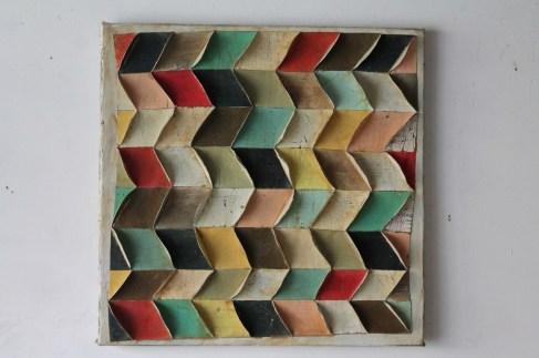 Marco Ferri, Avevamo gli occhi belli, 2012, tecnica mista su cartone, poliuretano e legno, 65x65 cm Courtesy Galleria Bonioni Arte, Reggio Emilia