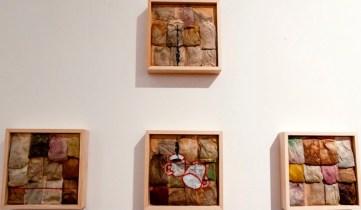 Lorenzo Guaia, Sulla capacità di (In)fusione in tè; veduta della mostra, Spazio San Giorgio, 2014, Bologna