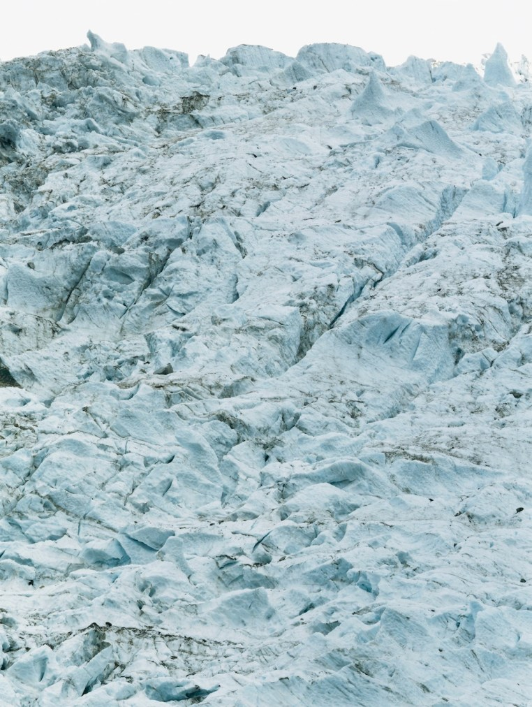 Axel Hütte, Glaciers des Bossons, Francia dalla serie Glaciers, 1997, 205x162 cm, Ditone Print © l'artista