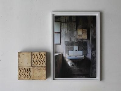 Marco Ferri, Con occhi di riguardo, 2014, C-print e tecnica mista su tavola, dimensioni variabili